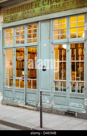 Bookstore in Les Marais district of Paris France - Stock Photo