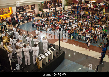 Members of the U.S. 7th Fleet Band, Pacific Ambassadors, perform for more than 3,100 people at Robinsons Place Mall - Stock Photo