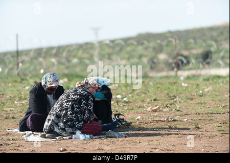 Refugees in the Atma Camp on the Turkish border, Syria - Stock Photo
