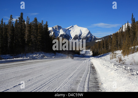 Scenic Spray Lakes road through the Canadian Rockies in the Kananaskis Country (Alberta, Canada) - Stock Photo