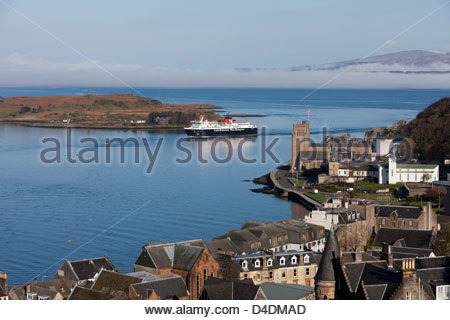 Caledonian MacBrayne ferry arriving into Oban from Craignure on the Isle of Mull. - Stock Photo