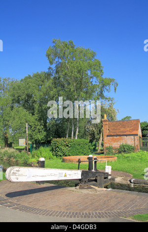 Canal Lock on the Staffordshire & Worcestershire Canal, Kinver, Staffordshire, England, UK - Stock Photo