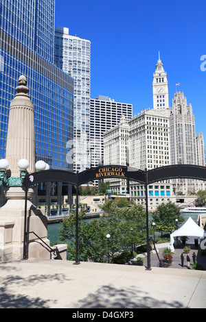 Chicago Riverwalk on West Wacker Drive with Trump Tower and Wrigley Building, Chicago, Illinois, USA - Stock Photo