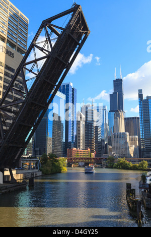 Chicago River and the West Loop area, Willis Tower, Chicago, Illinois, USA - Stock Photo