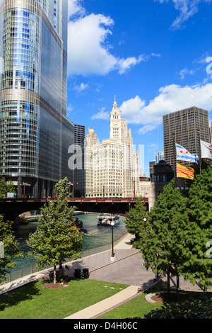 Chicago River Walk and towers including Trump Tower and the Wrigley Building, Chicago, Illinois, USA - Stock Photo