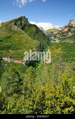 Anisclo Canyon and eroded karst limestone Mondoto peak, Ordesa and Monte Perdido National Park, Huesca, Aragon, - Stock Photo