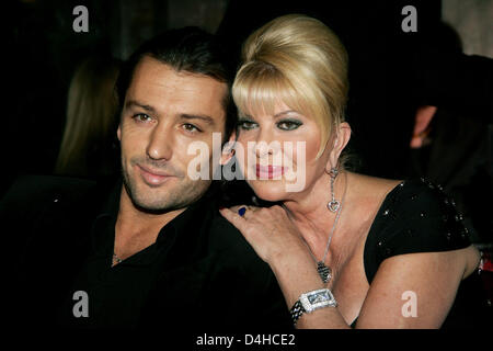 (dpa file) The file picture dated 28 January 2008 shows socialite Ivana Trump (R) and her boytoy Rossano Rubicondi - Stock Photo
