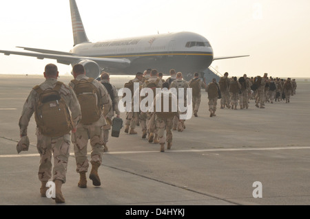 PSU 312 Deploys to Middle East - Stock Photo