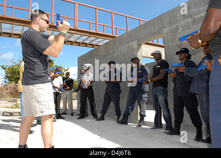 FBI Supervisory Special Agent Anthony Bruno instructs Antigua and Barbuda Police Department Officers - Stock Photo
