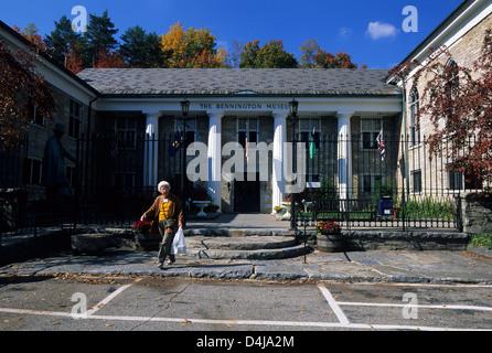 Elk280-1603 Vermont, Bennington, Bennington Museum, Grandma Moses Collection - Stock Photo