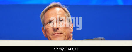 CEO of Allianz, Michael Diekmann, pictured at the insurance company?s general meeting in Munich, Germany, 29 April 2009. Europe?s largest insurance company Allianz still gives no prospect for the ongoing year due to the global financial and economic crisis. Photo: FRANK LEONHARDT