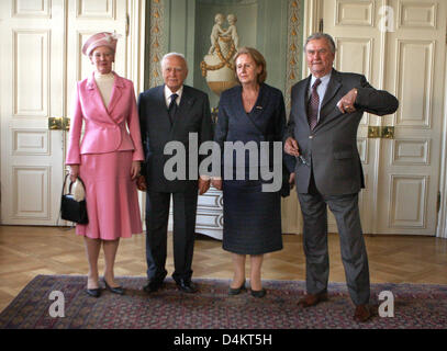 Queen Margrethe II of Denmark (R) and Greek President ...