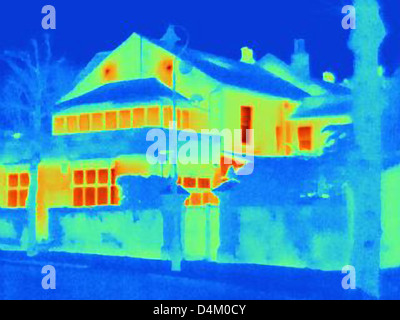 Thermal image of house on city street - Stock Photo
