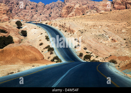 The ancient trade route known as the King's Highway between Aqaba and Petra in Jordan. - Stock Photo