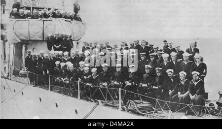 Officers and crew of USS Fanning, Destroyer. The Fanning effected the capture of the German Submarine U-58. Lieutenant - Stock Photo