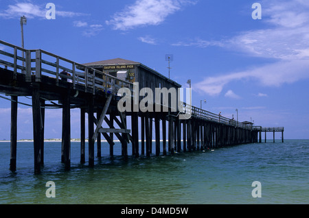 Alabama dauphin island beach stock photo 39384136 alamy for Dauphin island fishing pier