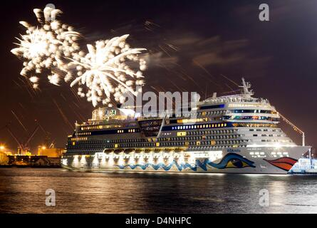 Accompanied by fireworks the cruiser 'AIDAstella' is baptized in Rostock-Warnemünde, Germany, 16 March 2013. The - Stock Photo