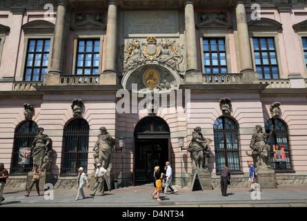 deutsches historisches museum in zeughaus unter den linden at spree stock photo royalty free. Black Bedroom Furniture Sets. Home Design Ideas