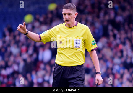 Glasgow, Scotland, UK. Sunday 17th March 2013. Referee Craig Thomson during the Scottish Communities League Cup - Stock Photo