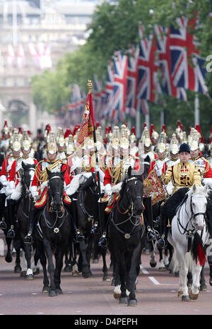 Atmosphere during the Trooping The Colour ceremony marking the Queen Elizabeth II ?s birthday at the Horse Guards - Stock Photo
