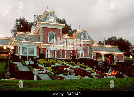 (dpa file)- The picture shows the train station of the Neverland Ranch in the Santa Ynez Valley near Santa Barbara - Stock Photo