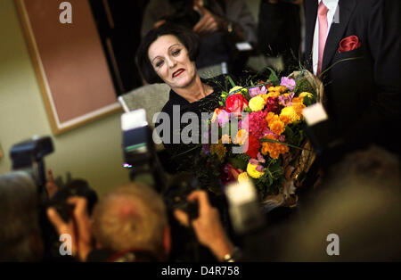 Nobel Prize laureate Hertha Mueller poses for photographers at a press conference in Berlin, Germany, 08 October - Stock Photo