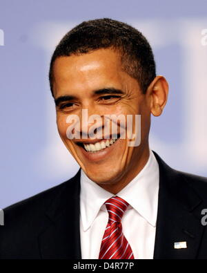 (FILE)- This file picture dated 04 April 2009 shows US President Barack Obama during a press conference at the NATO summit in Strasbourg, France. This year?s Nobel Peace Prize will be awarded to Barack Obama the Nobel committee disclosed in Oslo on 09 October 2009. Photo: BERND WEISSBROD