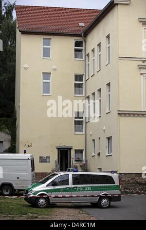 Policecars are parked in front of the house of the alleged murderer of Corinna in Eilenburg, Germany, 03 August - Stock Photo