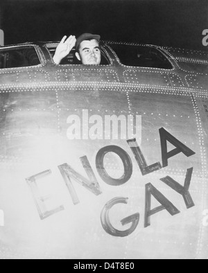 Colonel Paul Tibbets waving from the cockpit of the Enola Gay. - Stock Photo
