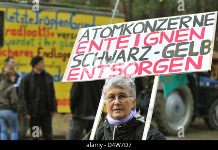 Anti nuclear activists protest against further exploration of the Gorleben mine as a possible repository for nuclear - Stock Photo