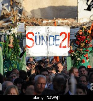 People protest against heavily disputed railway station project Stuttgart 21 in Stuttgart, Germany, 20 September - Stock Photo