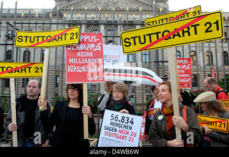 People protest against heavily disputed railway station project Stuttgart 21 in Berlin, Germany, 24 September 2010. - Stock Photo