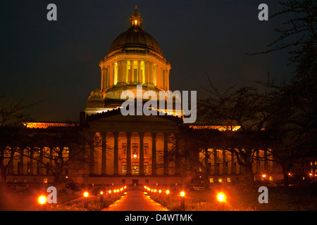 WA08228-00...WASHINGTON - Evening at the Washington State Capitol building in Olympia. - Stock Photo