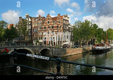 The Netherlands Holland Amsterdam Prinsengracht Brouwersgracht Café Residence Stepped gable 1641 Golden Age Bridge - Stock Photo