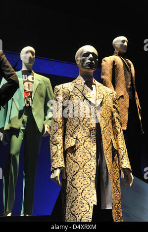 V&A, London, UK. 20th March 2013. Costumes at the David Bowie exhibition.  The 'David Bowie is' exhibition at the - Stock Photo