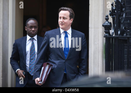 Downing Street, London, UK. 20th March 2013.   Prime Minister David Cameron leaving Downing Street before George - Stock Photo