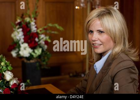 Michaela Schaffrath filming guest appearance as registrar on the set of ARD TV series 'Verbotene Liebe'. Bergisch - Stock Photo