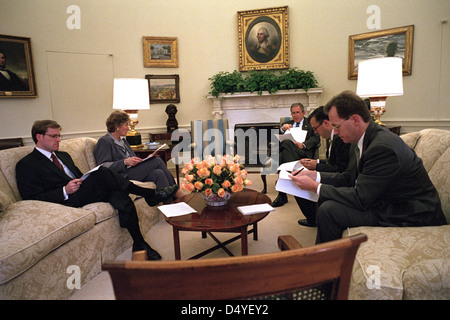 Preparing for his address to the nation and a joint session of Congress, President George W. Bush works with Presidential - Stock Photo