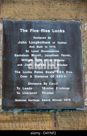The Five rise Locks on the Leeds Liverpool canal in Bingley, the steepest rise of locks in the UK, with a rise of - Stock Photo