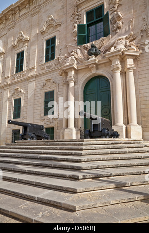 Auberge de Castille is one of Valletta's most magnificent buildings, Valletta, Malta. It houses the office of Prime - Stock Photo
