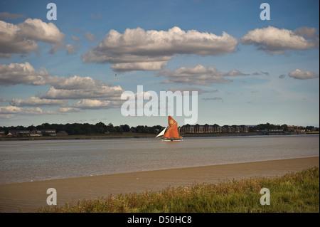 Thames barge sailing down the River Thames near Dartford, Kent, UK - Stock Photo