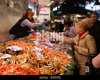 Market hall  MERCAT de la BOQUERIA, Stall with fish, Barcelona, Spain - Stock Photo