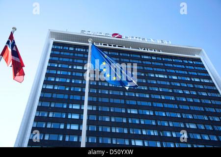 Tallinn, Estonia, Detail of the Sokos Hotel Viru with European flag - Stock Photo