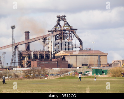 Redcar Blast Furnace of Thai company SSI steel works with Coatham Golf Course in the foreground - Stock Photo