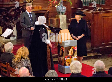 Haarlem, Netherlands. 22nd March 2013. Queen Beatrix of The Netherlands (R) attends the opening the jubilee exhibition - Stock Photo