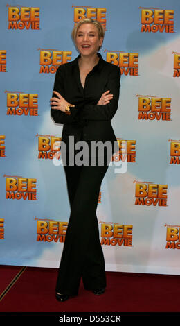 Renee Zellweger at the photocall for the German premiere of the film 'Bee Movie' in Berlin. - Stock Photo