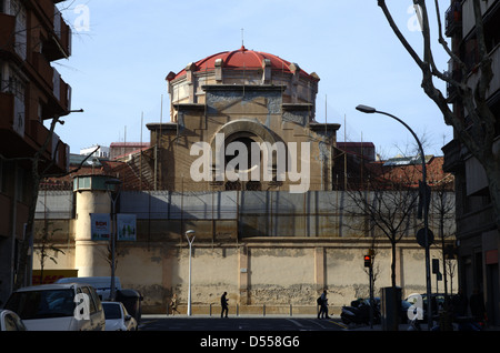View of one side of Modelo Prison in the center of Barcelona city - Stock Photo
