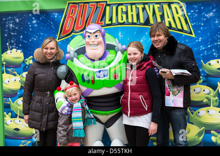 Buzz lightyear character meet and greet disneyland paris stock buzz lightyear character meet and greet disneyland paris stock photo m4hsunfo