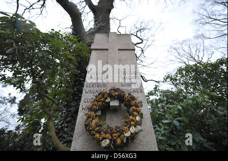 View on the grave stone of Wagner dynasty in Bayreuth, Germany, 29 March 2010. Bayreuth Festival plans an official - Stock Photo