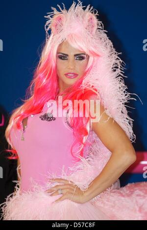 London, UK. 26th March, 2013. Katie Price celebrates KP Equestrian 5th Birthday with launch of new clothing range - Stock Photo